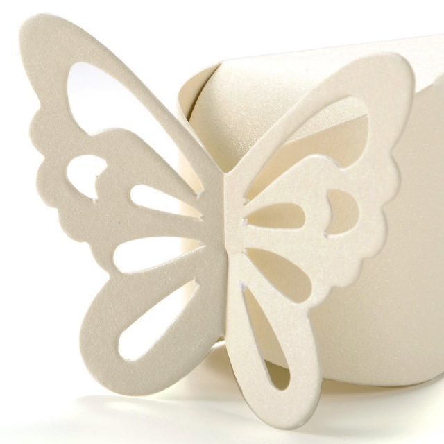 White Butterfly Favour Gift Boxes Cake Style for Wedding Party