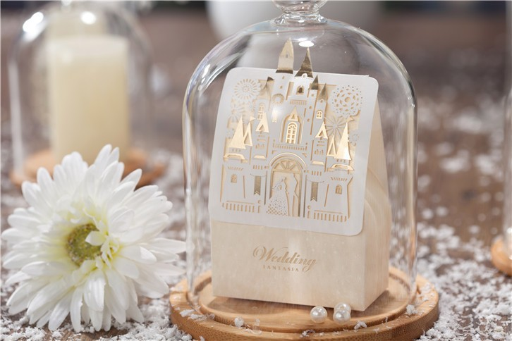 Romantic Castle Design Wedding Favor Boxes And Gifts