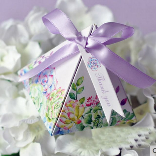 Triangular Pyramid Wedding Favour Boxes-More Colours Available