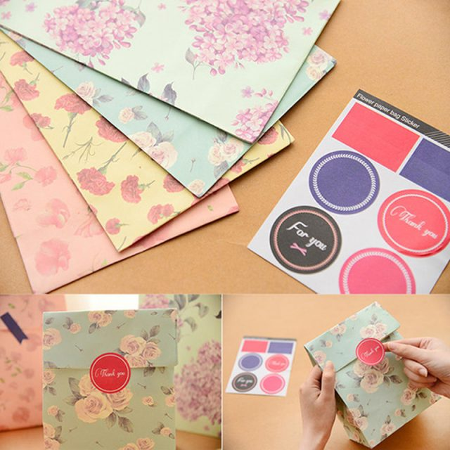 Promotion 12PCS 22.8*13cm Flowers Craft Paper Best Gift Bag Candy Food Gift Bags with Sticker for Christmas Wedding Party Favors