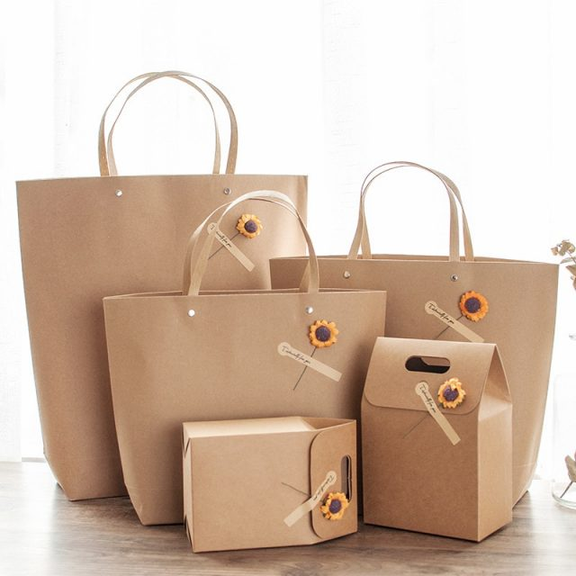 Set of Kraft paper bag and box